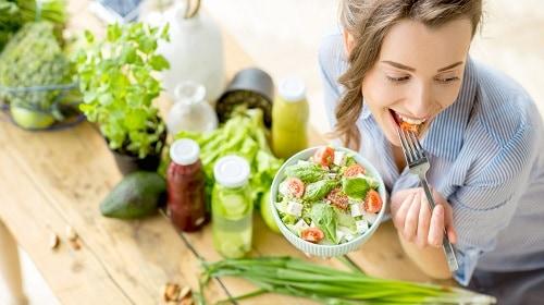 خوردن غذاهای سالم